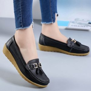 genuine leather shoes plus size 41-44 loafers tassel round toe Shoes woman 2018 new ladies shoes metal fringe sapato feminino 1
